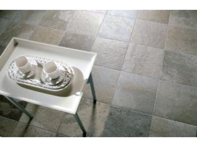 Carrelage premium quartz ciffr o bona for Carrelage quartz